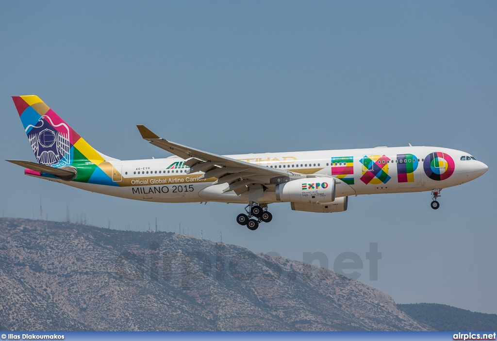 A6-EYH, Airbus A330-200, Etihad Airways
