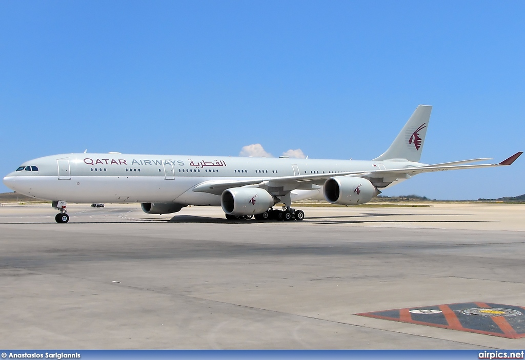 A7-HHH, Airbus A340-500, Qatar Airways