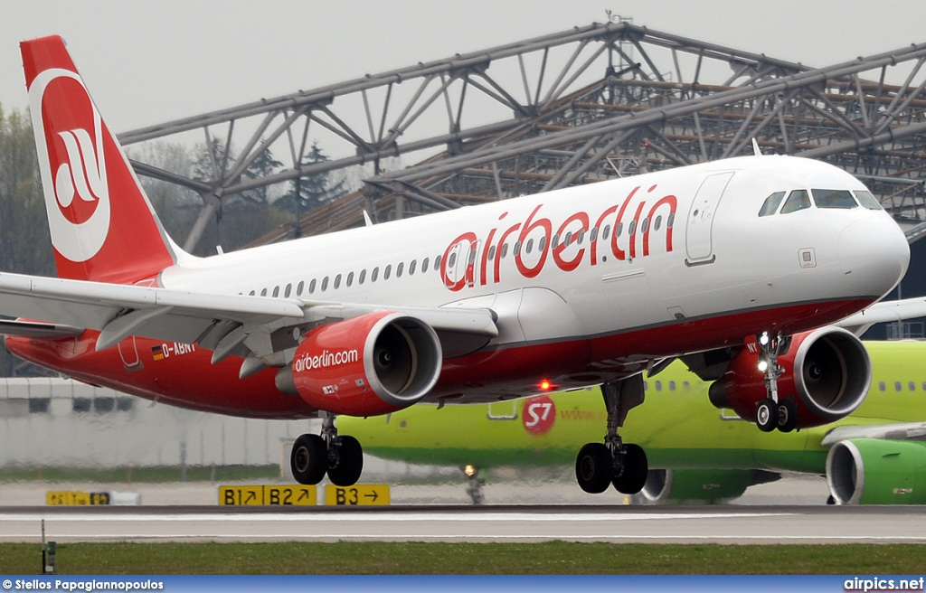 D-ABNY, Airbus A320-200, Air Berlin