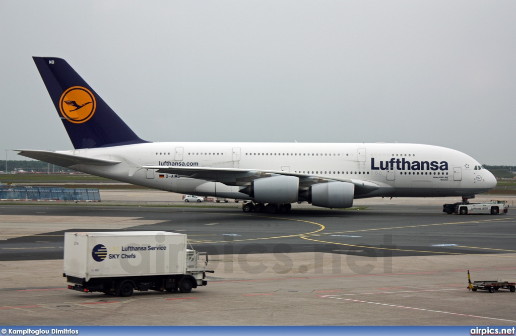d aimb airbus a380 800 lufthansa medium size. Black Bedroom Furniture Sets. Home Design Ideas