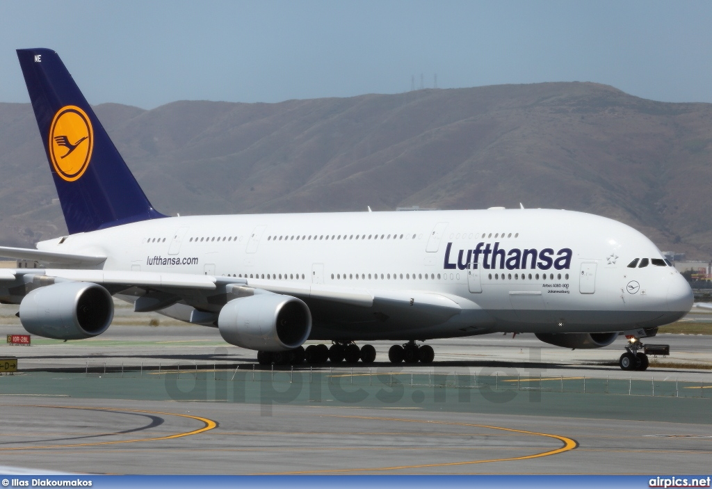 d aime airbus a380 800 lufthansa large size. Black Bedroom Furniture Sets. Home Design Ideas