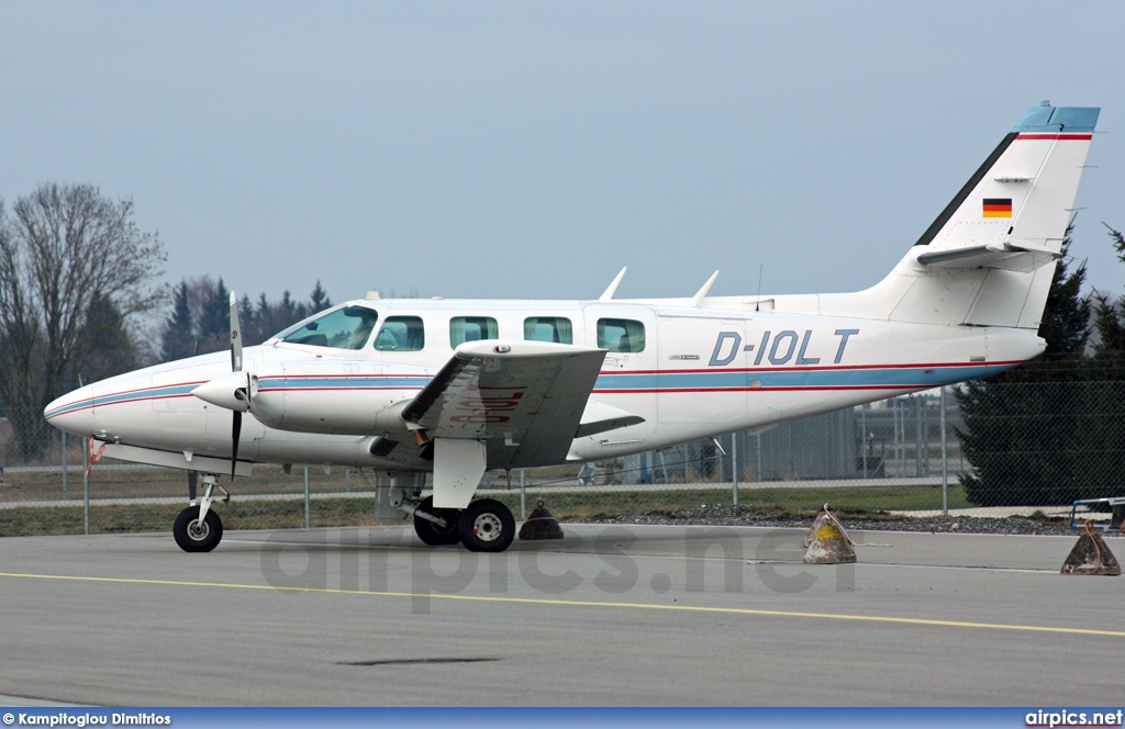 D-IOLT, Cessna 303-T Crusader, Private