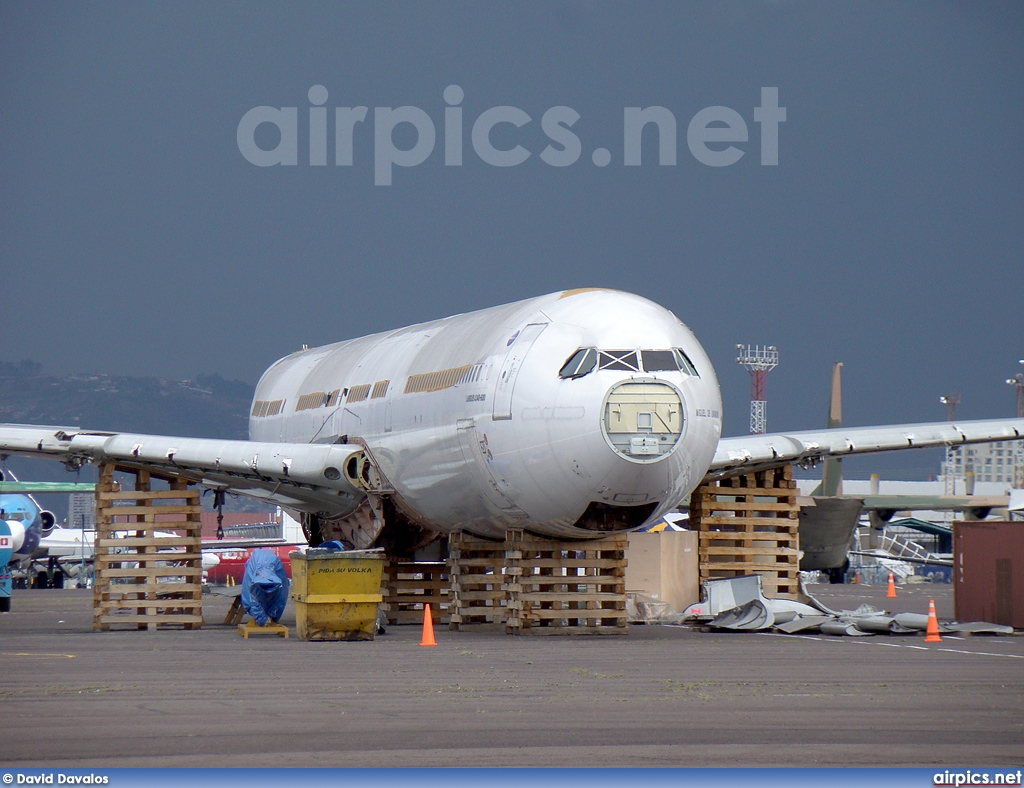 EC-JOH, Airbus A340-600, Untitled