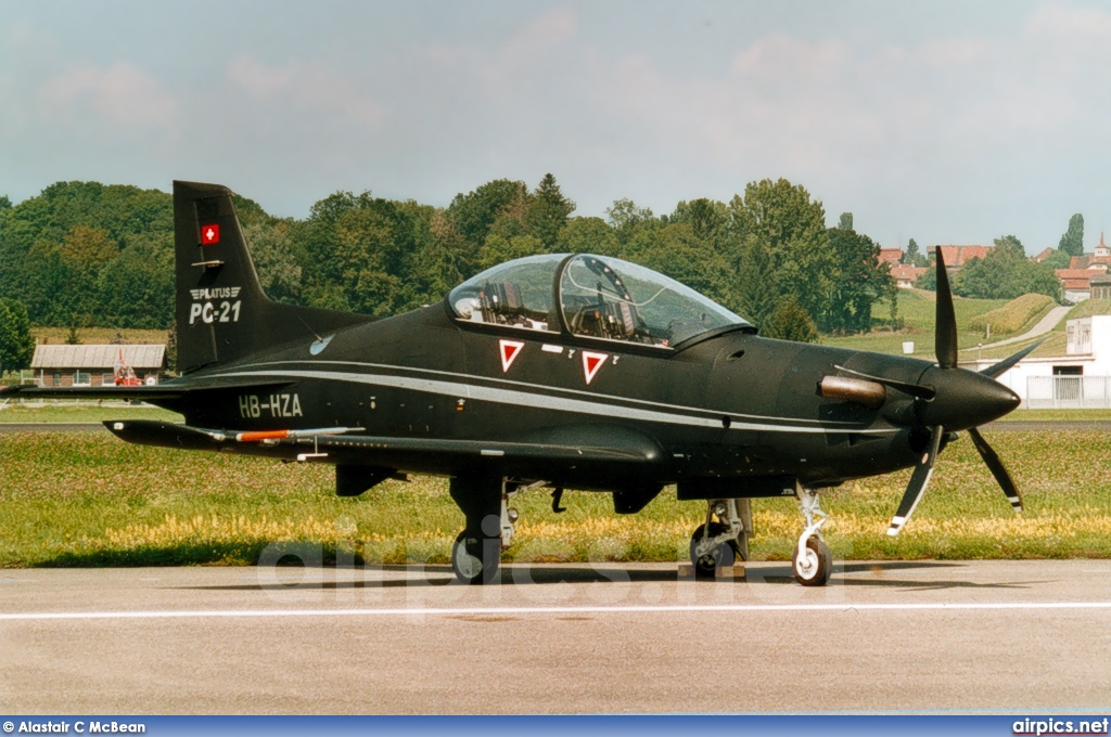 HB-HZA, Pilatus PC-21, Private