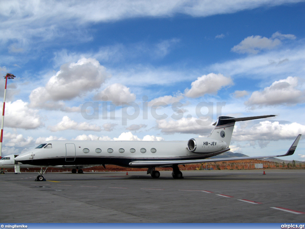 HB-JEV, Gulfstream G550, Private