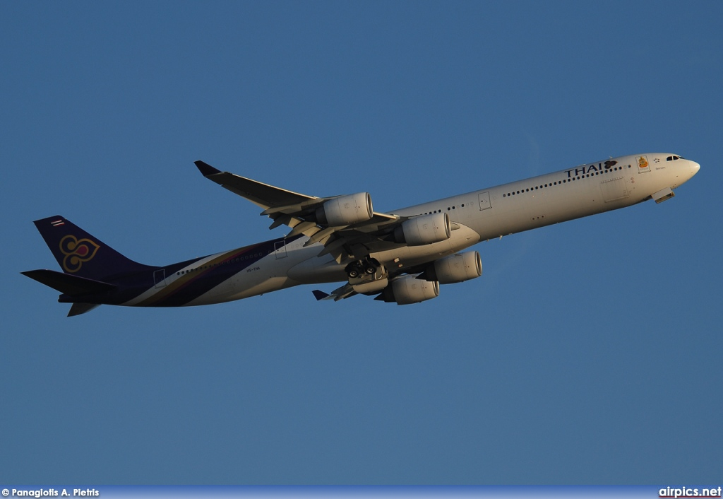 HS-TNA, Airbus A340-600, Thai Airways