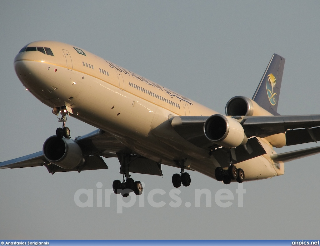 HZ-HM7, McDonnell Douglas MD-11, Saudi Arabian Royal Flight