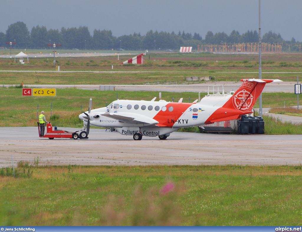 LN-KYV, Beechcraft 350 Super King Air B300, Norwegian Coastal Administration