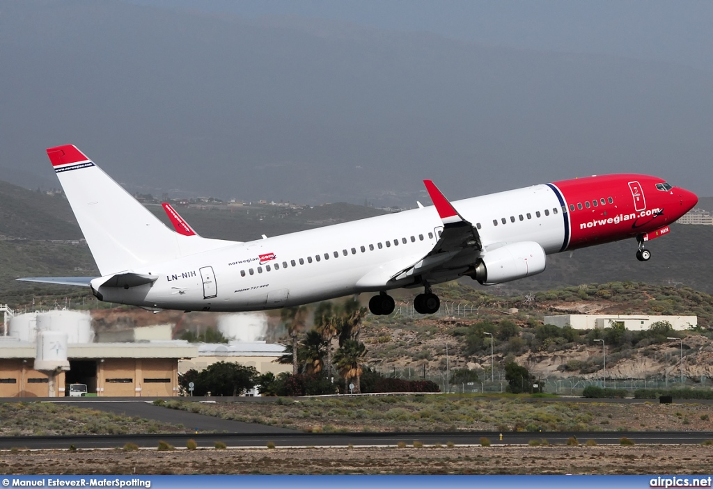 LN-NIH, Boeing 737-800, Norwegian Air Shuttle