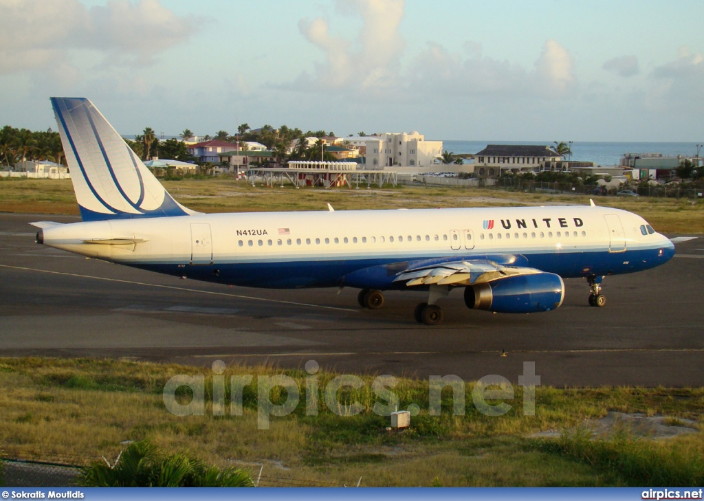 N412UA, Airbus A320-200, United Airlines
