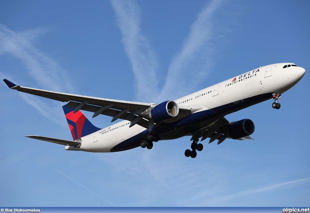 N814NW, Airbus A330-300, Delta Air Lines