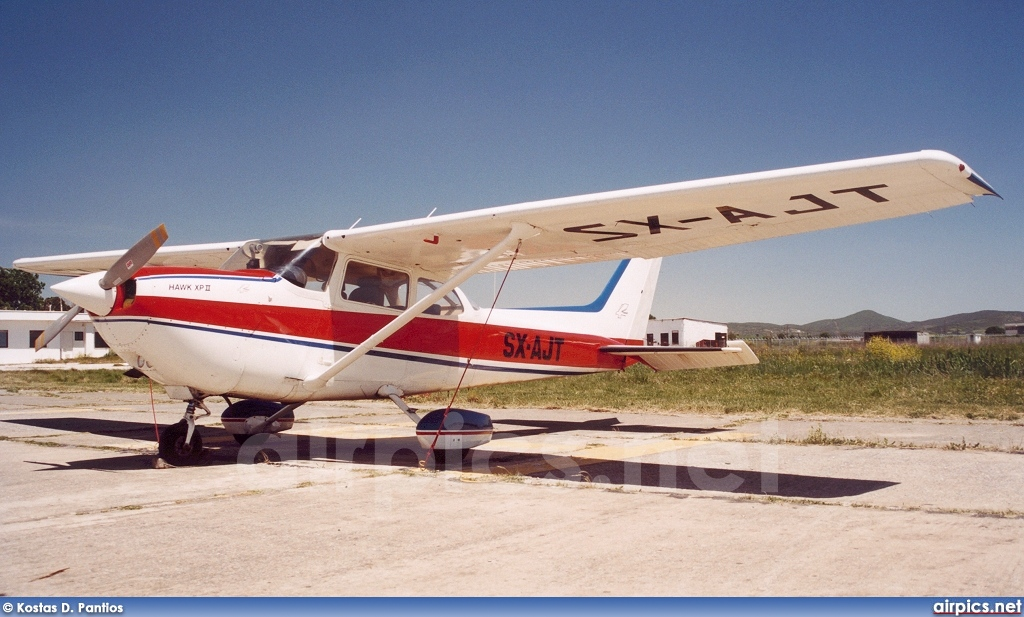 SX-AJT, Cessna (Reims) 172K Hawk XP, Private