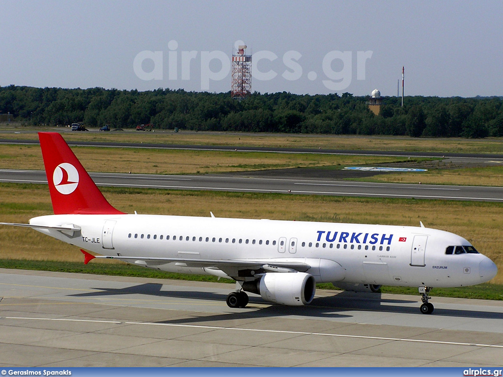 TC-JLE, Airbus A320-200, Turkish Airlines