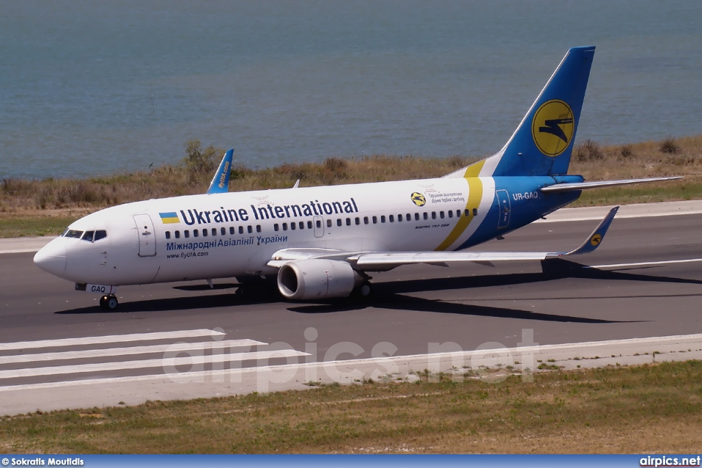 UR-GAQ, Boeing 737-300, Ukraine International Airlines