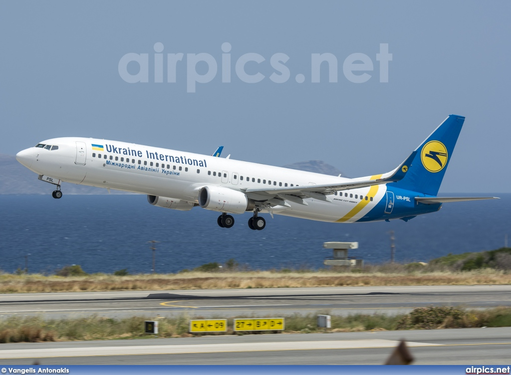 UR-PSL, Boeing 737-900, Ukraine International Airlines