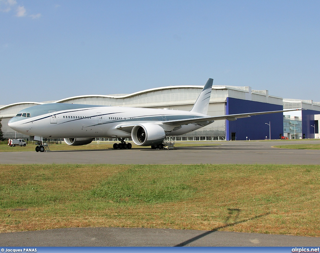 VP-CAL, Boeing 777-200, Aviation Link Company