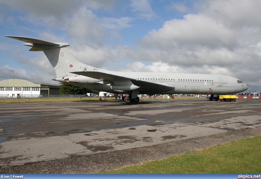 XR807, Vickers VC-10 C.1K, Royal Air Force