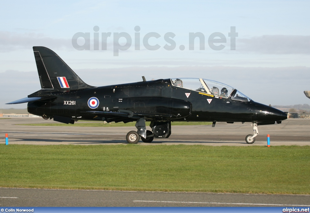 XX261, British Aerospace (Hawker Siddeley) Hawk T.1A, Royal Navy - Fleet Air Arm