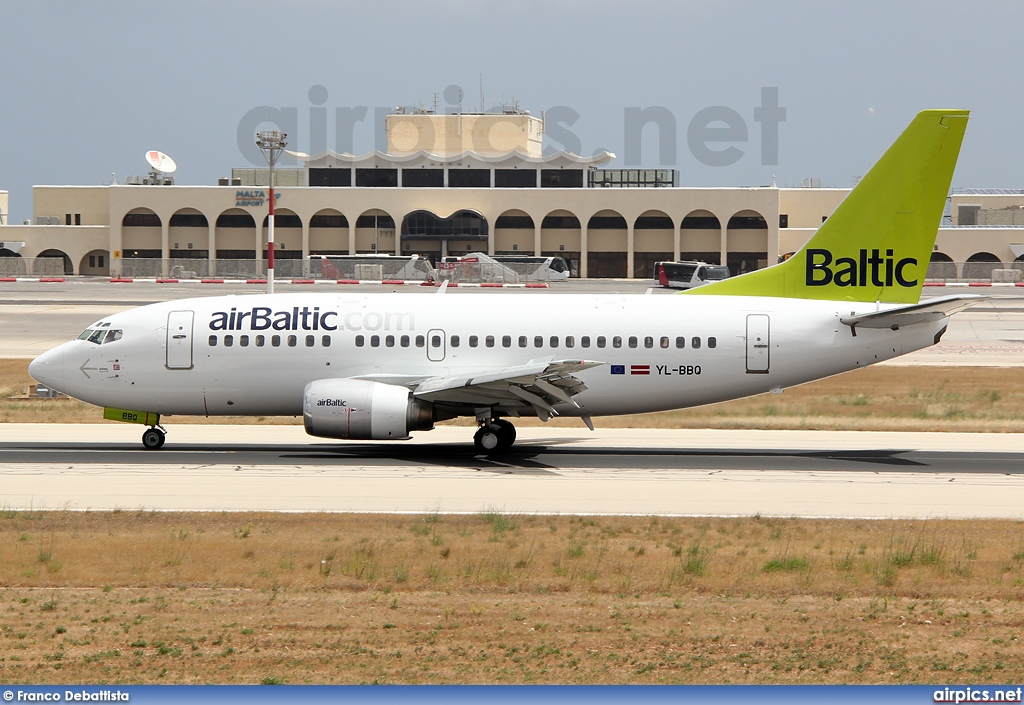 YL-BBQ, Boeing 737-500, Air Baltic
