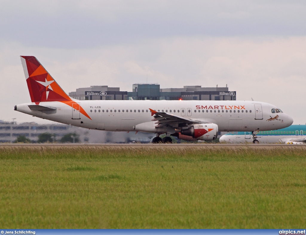YL-LCD, Airbus A320-200, Smartlynx Airlines