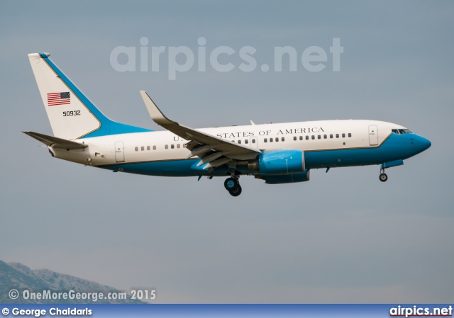 05-0932, Boeing C-40B (737-700/BBJ), United States Air Force
