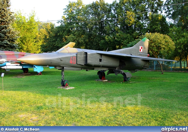 140, Mikoyan-Gurevich MiG-23MF, Polish Air Force