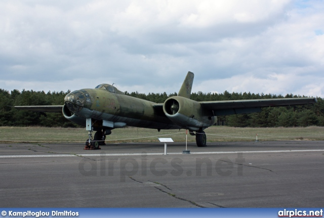 208, Ilyushin Il-28, East German Air Force