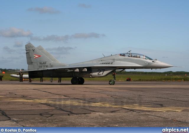 airpics net - 27, Mikoyan-Gurevich MiG-29UB, Hungarian Air