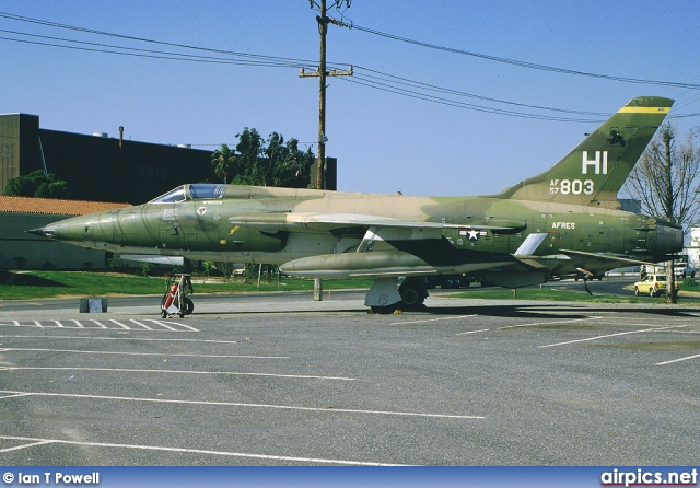 57-5803, Republic F-105B Thundrchief, United States Air Force