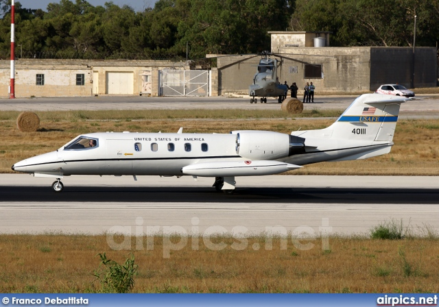 840111, Learjet C-21A, United States Air Force