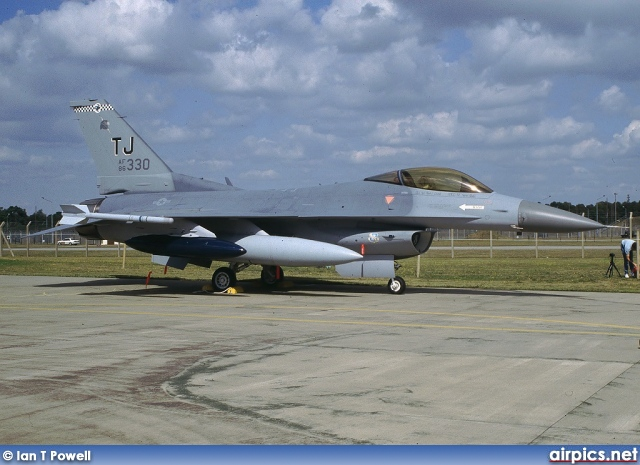 86-0330, Lockheed F-16C Fighting Falcon, United States Air Force