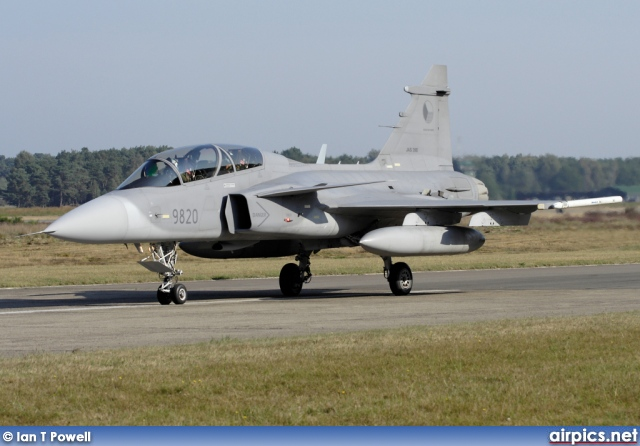 9820, Saab JAS 39D Gripen, Czech Air Force