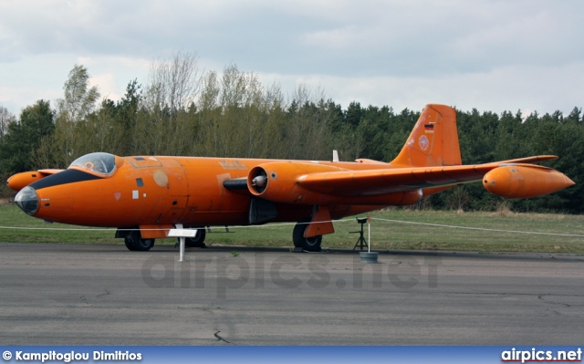 99-35, English Electric Canberra B(TT).2, German Air Force - Luftwaffe