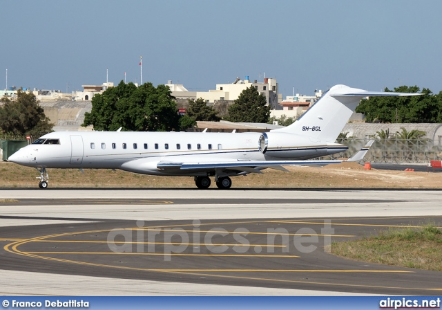 9H-BGL, Bombardier Global Express, Comlux Aviation