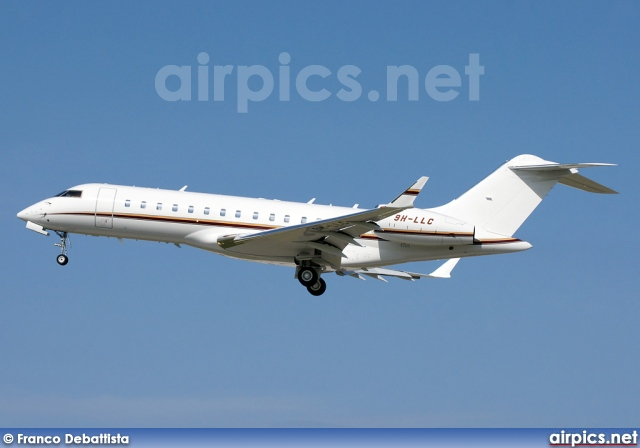 9H-LLC, Bombardier Global Express, Carre Aviation