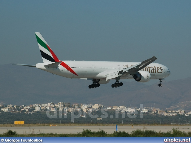 A6-ECT, Boeing 777-300ER, Emirates