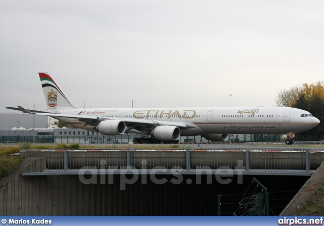 A6-EHH, Airbus A340-600, Etihad Airways