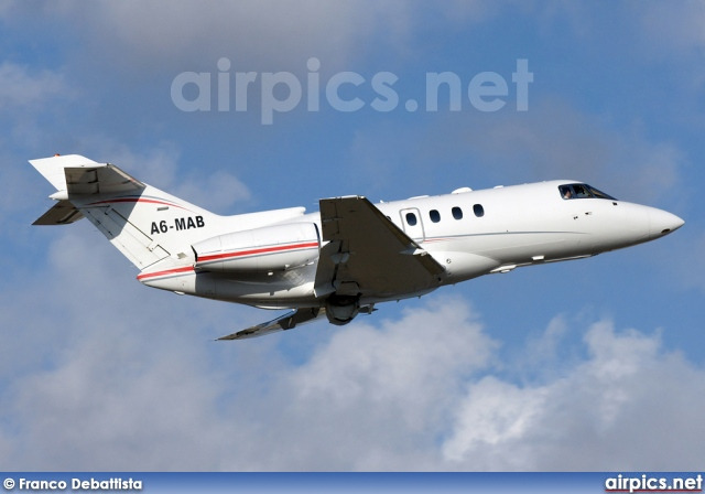 A6-MAB, Hawker 800XP, Dana Executive Jets