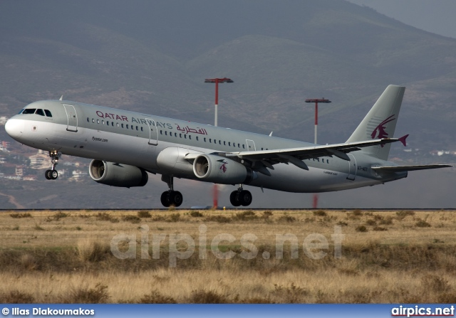 A7-ADT, Airbus A321-200, Qatar Airways