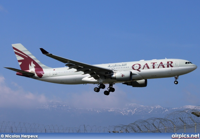 A7-AFP, Airbus A330-200, Qatar Airways