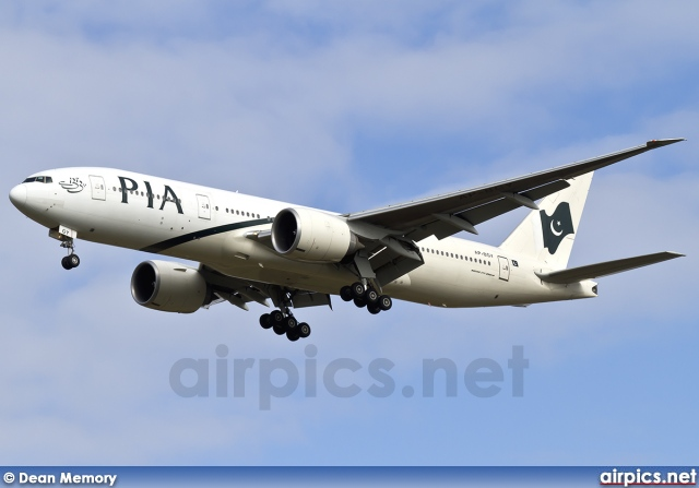 AP-BGY, Boeing 777-200LR, Pakistan International Airlines (PIA)