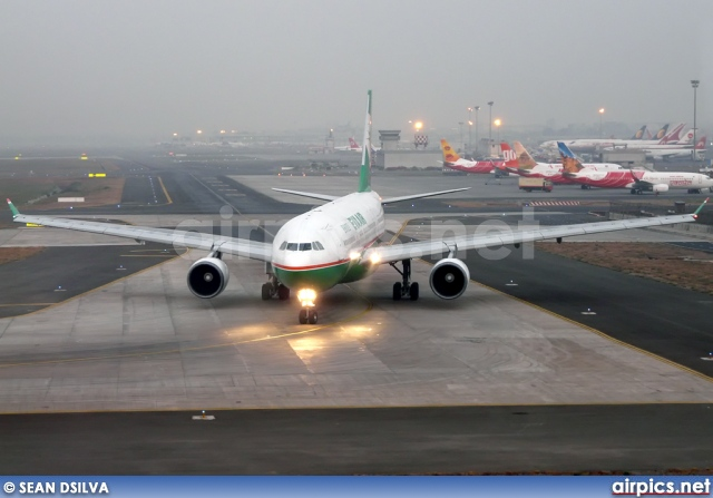 B-16301, Airbus A330-200, EVA Air