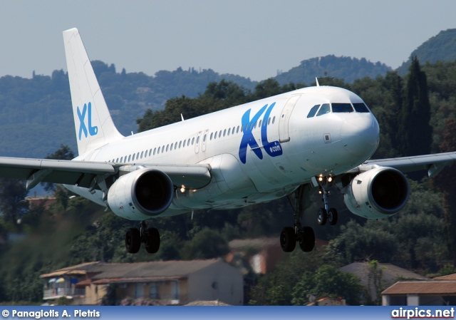 C-GTDP, Airbus A320-200, XL Airways France