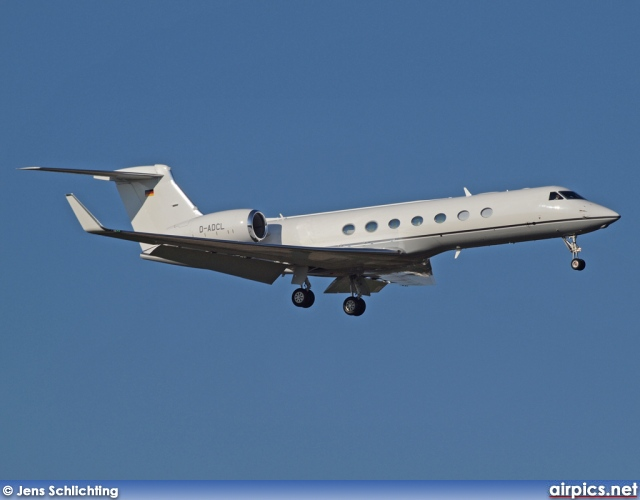 D-ADCL, Gulfstream G550, Untitled