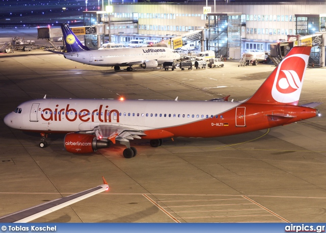 D-ALTI, Airbus A320-200, Air Berlin
