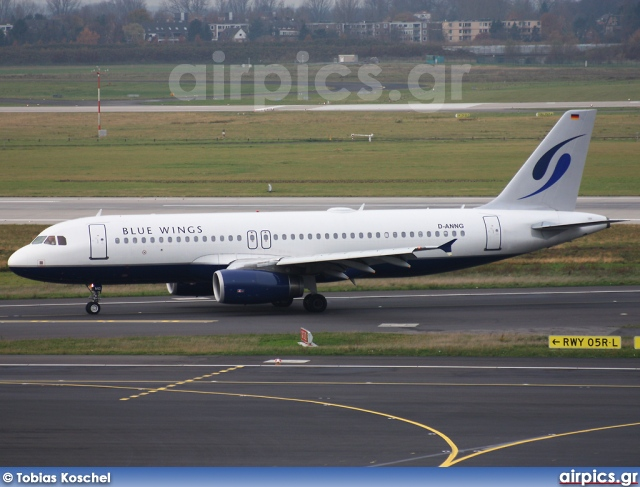 D-ANNG, Airbus A320-200, Blue Wings