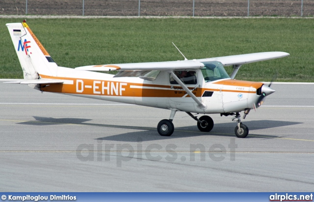 D-EHNF, Cessna F152 II, Private