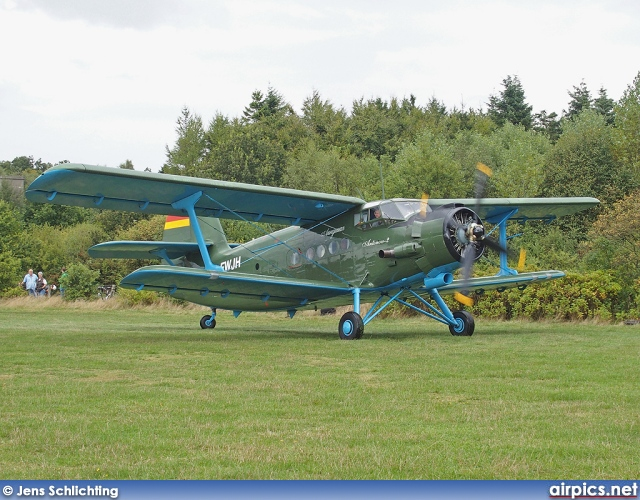 D-FWJH, Antonov An-2T, Private