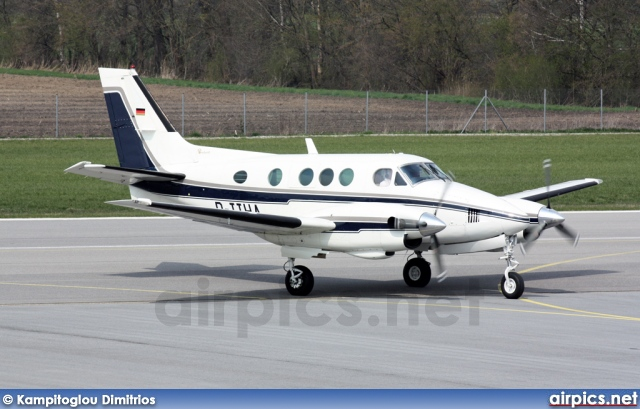 D-IIHA, Beechcraft C90 King Air, Private