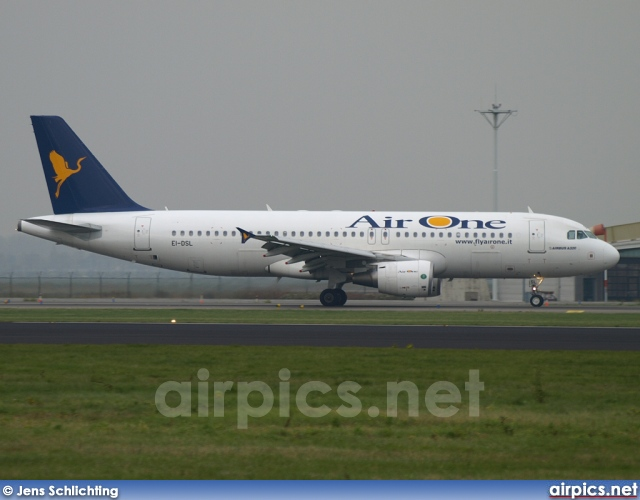 EI-DSL, Airbus A320-200, Air One